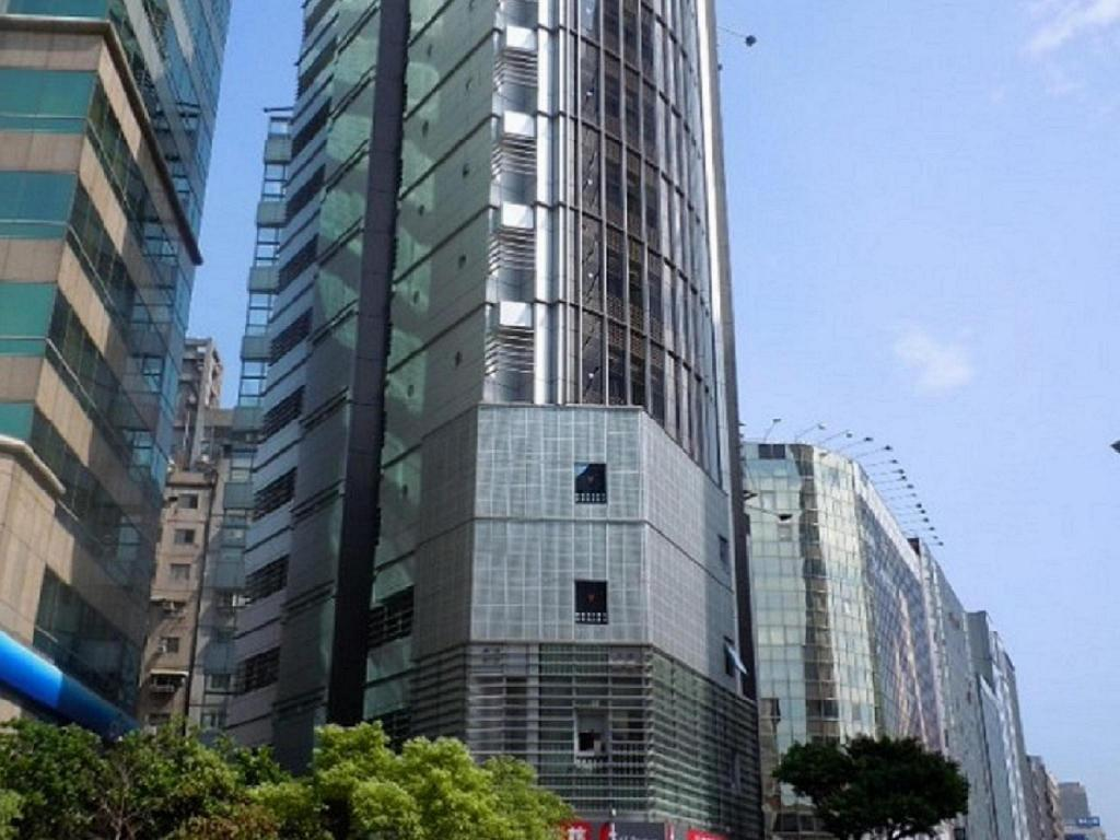 at boutique hotel taipei review