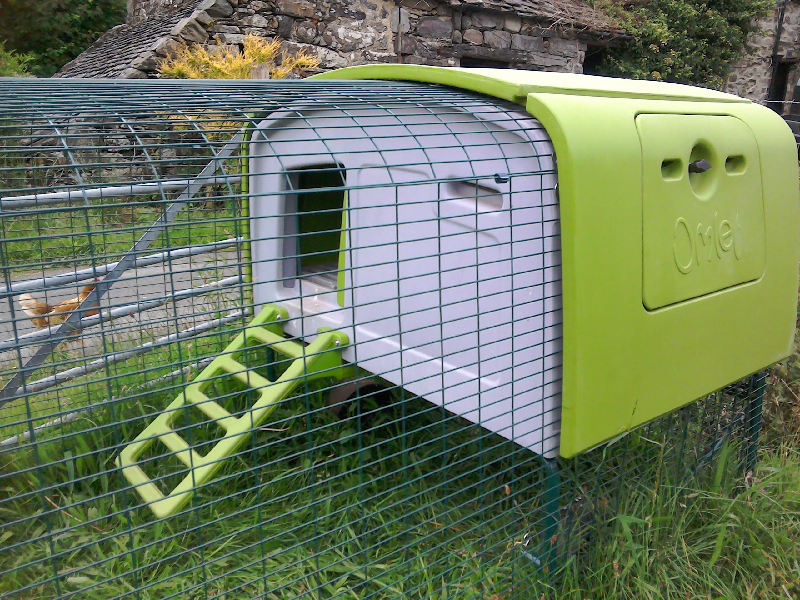 eglu cube chicken coop reviews