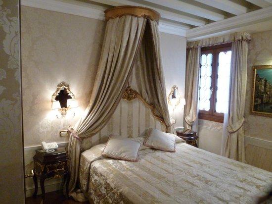 hotel canal grande venice reviews