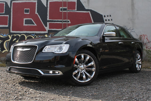 chrysler 300c luxury series review