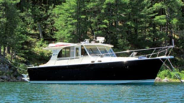 cruisers 4450 express motoryacht review