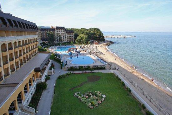 golden riviera beach resort reviews