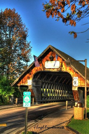 covered bridge riverview lodge reviews