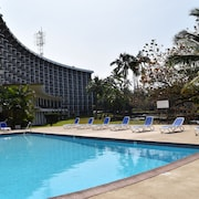 castle hilo hawaiian hotel reviews