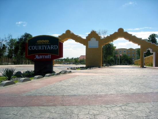 courtyard marriott cancun airport reviews