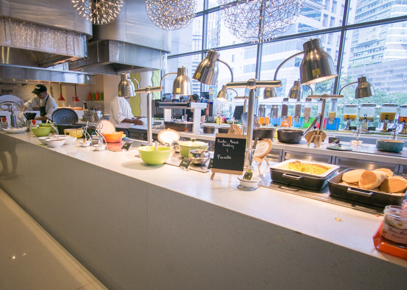 aloft kl sentral buffet review