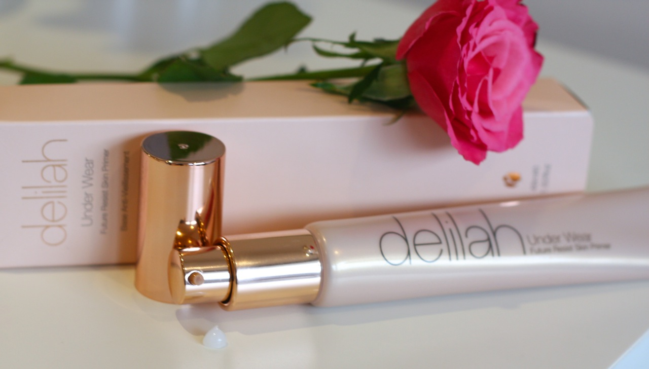 delilah future resist foundation review
