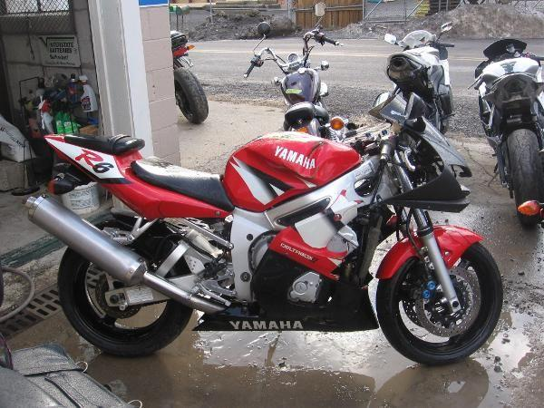2002 yamaha yzf r6 review