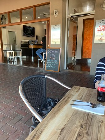 newmarket hotel port adelaide review