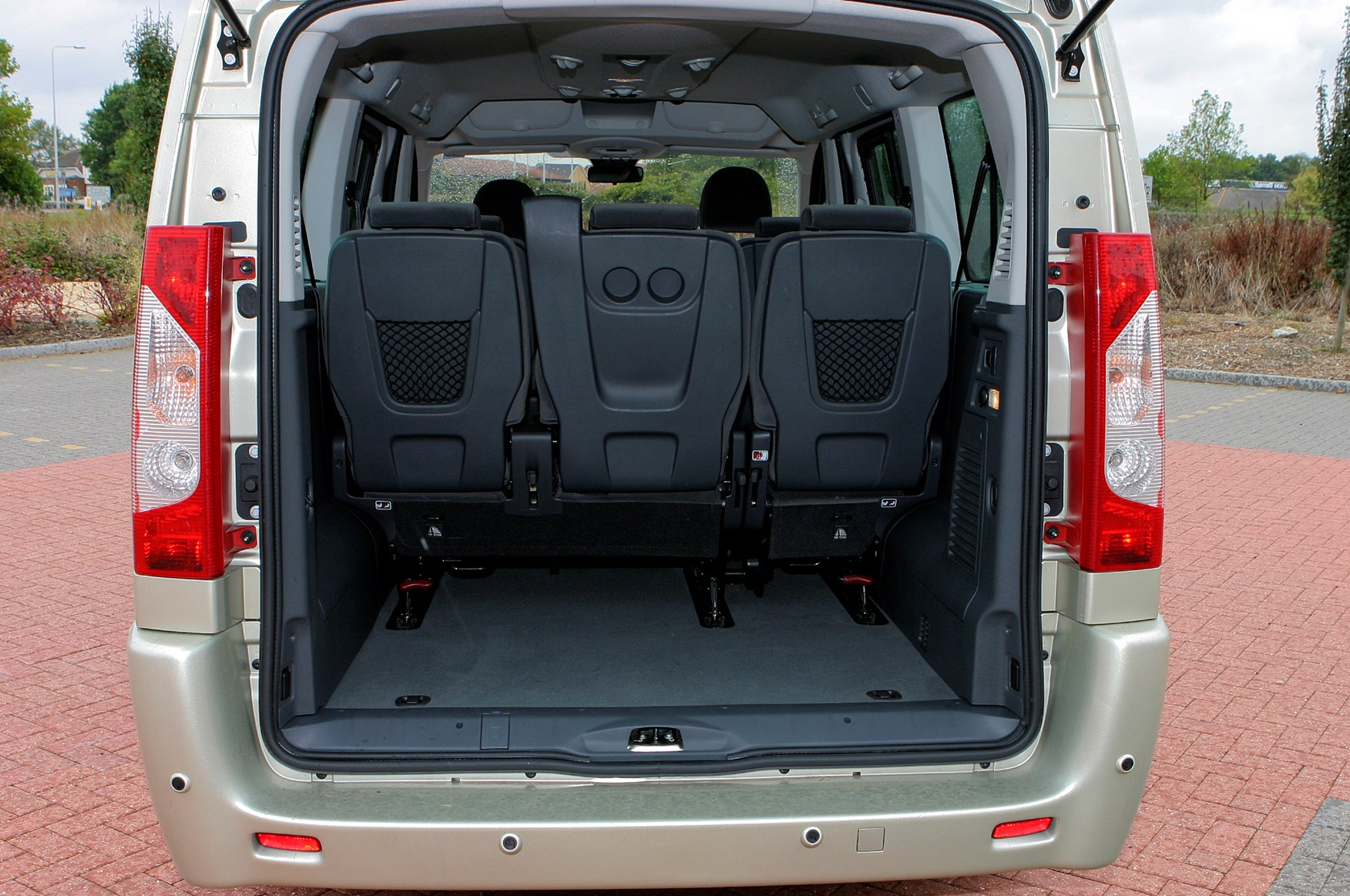 fiat scudo 8 seater review