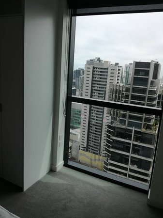 platinum city serviced apartments review