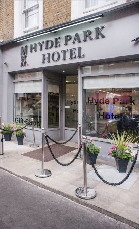 y hotel hyde park review